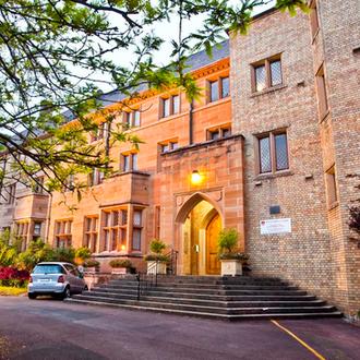 Sancta Sophia College: student accommodation tour